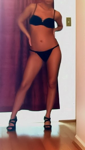 Lyliah adult dating in Sanford